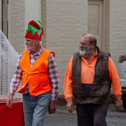 Volunteers, David Callinan, Peter Chapman